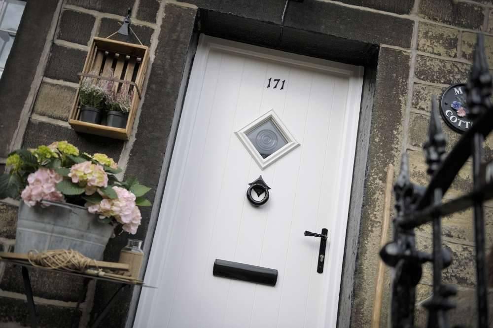Composite Door Click Through - composite-doors-kent