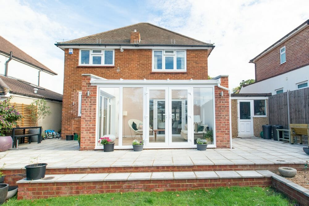 beautiful-conservatory-in-bromley-installed-by-1st-scenic (3)